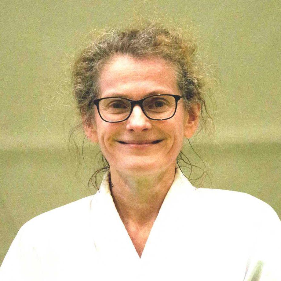 https://gundelfinger-turnerschaft.de/wp-content/uploads/trainer_susanne_fischer-2-Kopie-e1565963201160.jpg